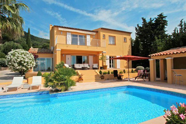 Seaside Property with Pool, La Croix-Valmer