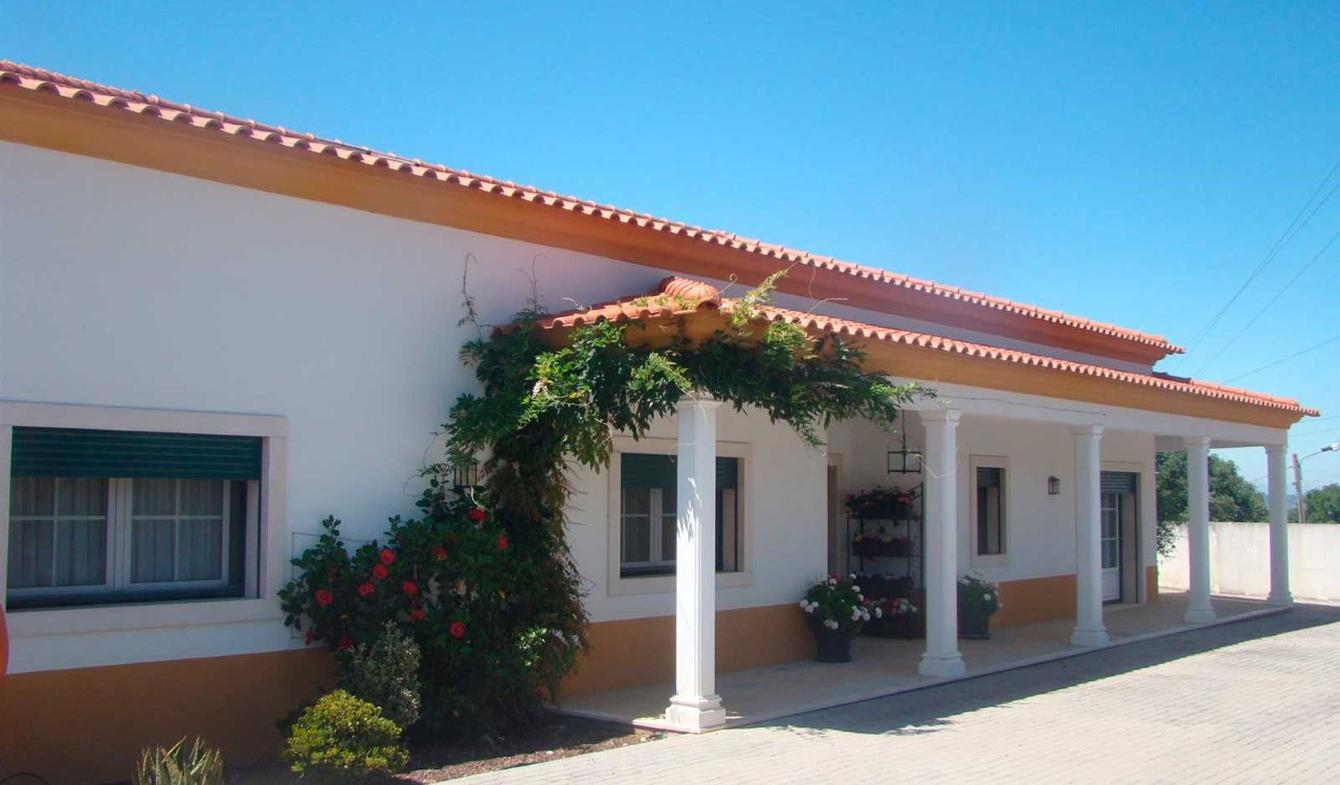 Villa avec piscine et terrasse Chamusca