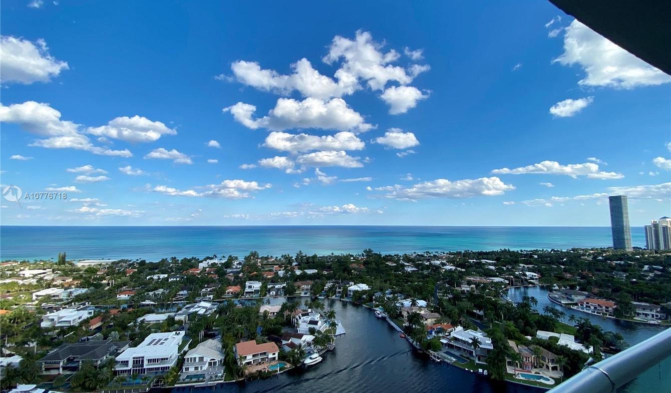 Appartement contemporain avec terrasse et piscine Miami