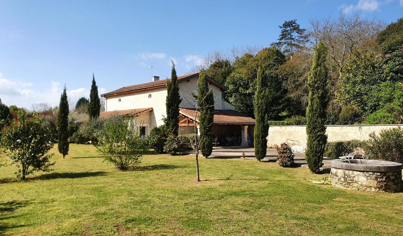 Maison avec piscine et terrasse Condom