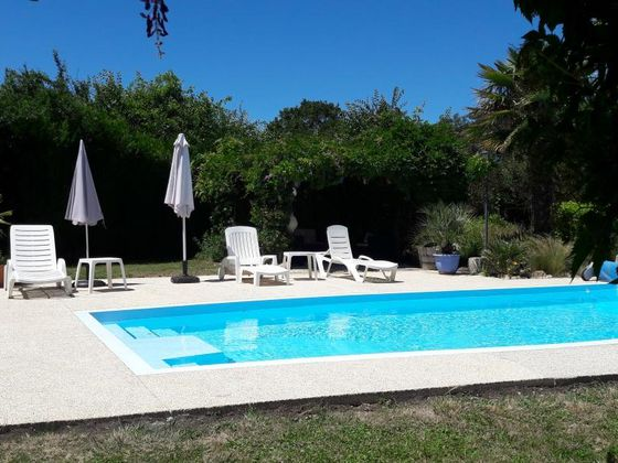 Vente villa 10 pièces 270 m2