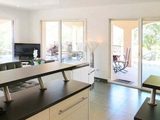 Vente villa 9 pièces 190 m2