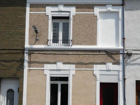 Location maison 6 pièces 80 m2