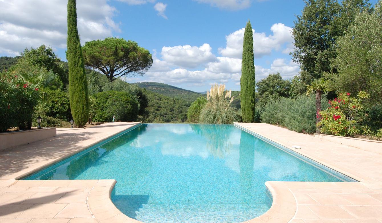 Maison avec piscine et jardin Gassin
