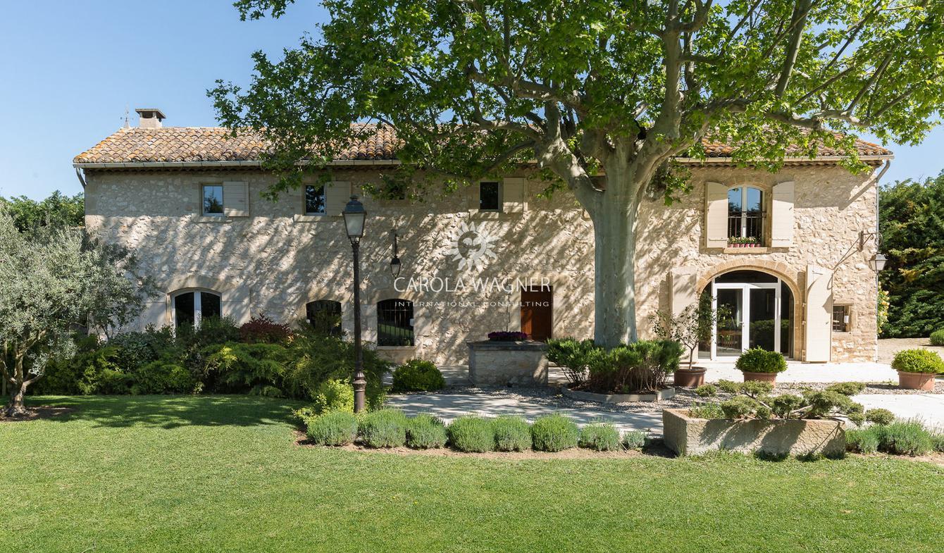 Villa with pool Cavaillon