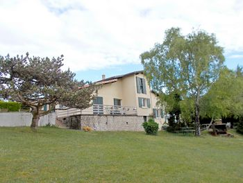 maison à Vindelle (16)