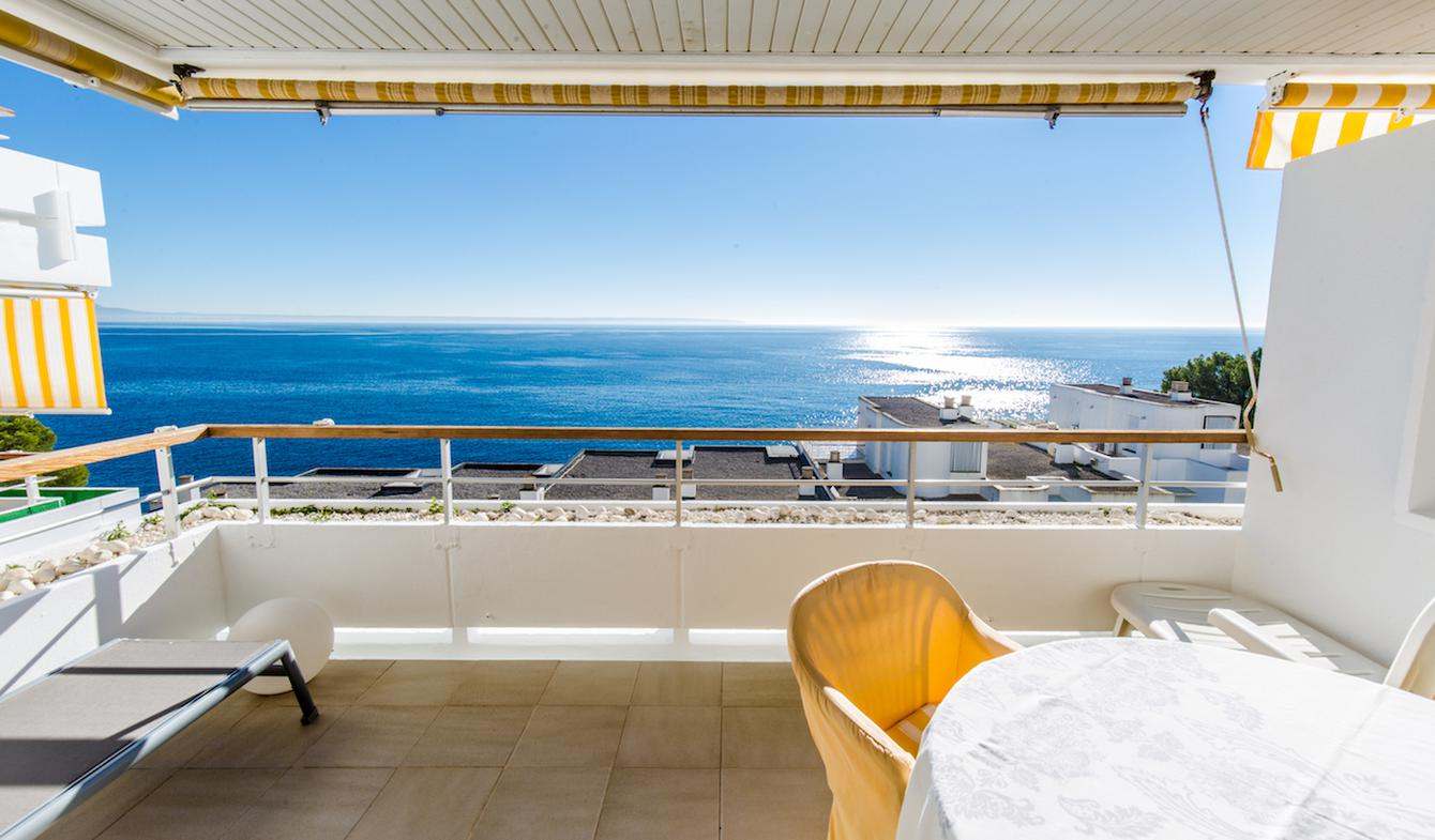 Apartment With Terrace And Pool Majorca