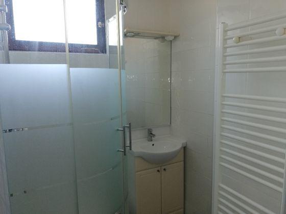 Location appartement 3 pièces 77 m2