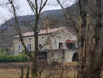 Maison 8 pièces 261 m2