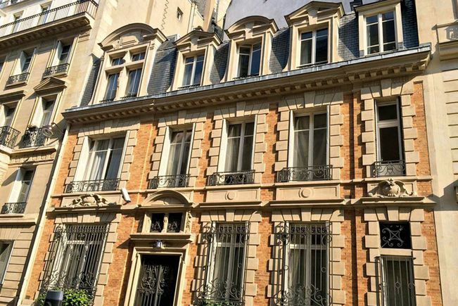 Hôtel particulier avec Jardin et Salle de réception, Paris 17e