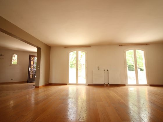 Vente maison 10 pièces 274 m2