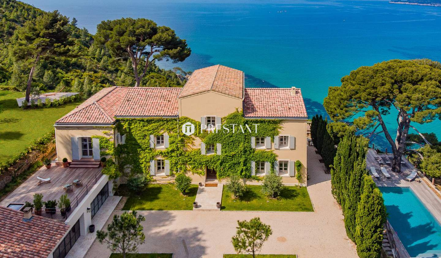 House with pool Cassis