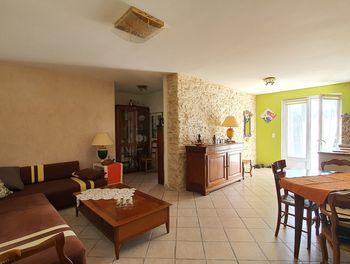 maison à La Fare-les-Oliviers (13)