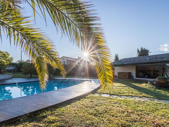 Vente villa 10 pièces 250 m2