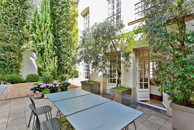 Appartement Contemporain avec Terrasse, Paris 7e