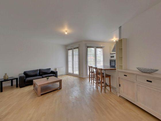 Location appartement meublé 3 pièces 61,54 m2