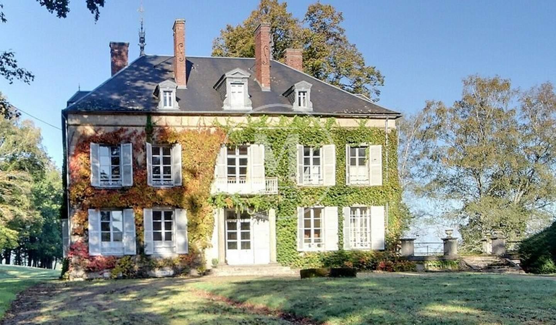 Maison avec terrasse Lormes