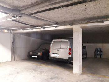 parking à Valbonne (06)