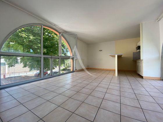 Location appartement 3 pièces 66,17 m2