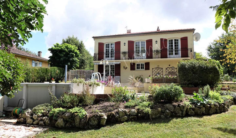 Maison avec piscine et terrasse Eymet