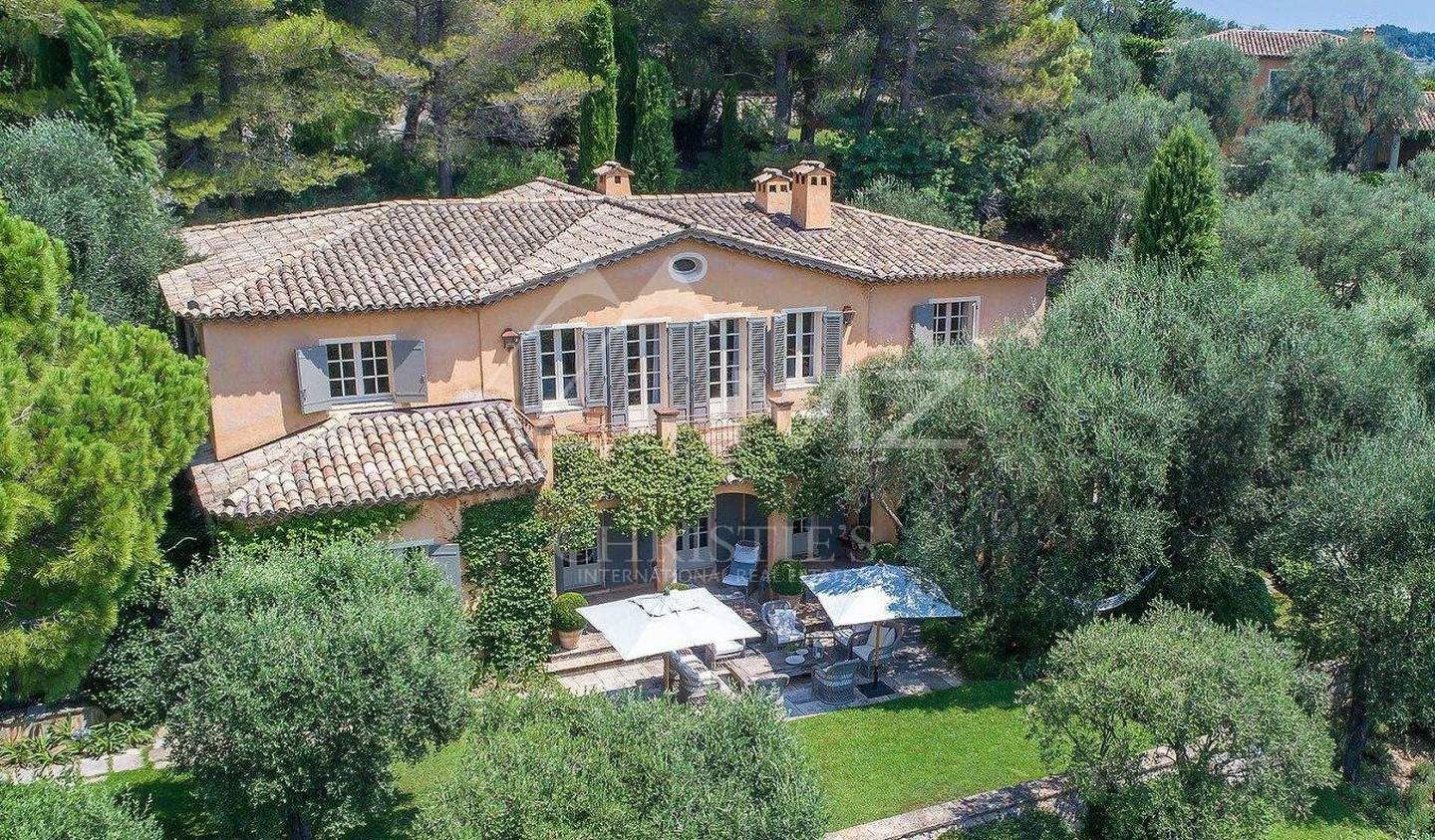 Property with pool and garden Châteauneuf-Grasse