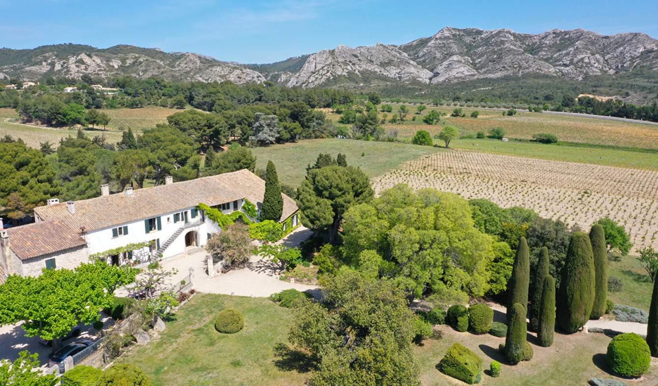 Property Les Baux-de-Provence
