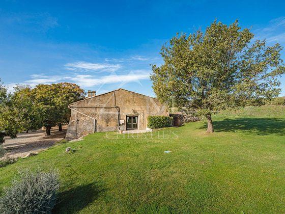 Vente maison 20 pièces 1500 m2