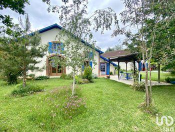 maison à Pouillon (40)