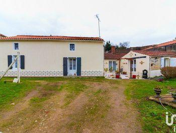 maison à Mouzeuil-Saint-Martin (85)