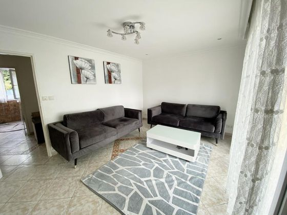 Location appartement meublé 4 pièces 68 m2