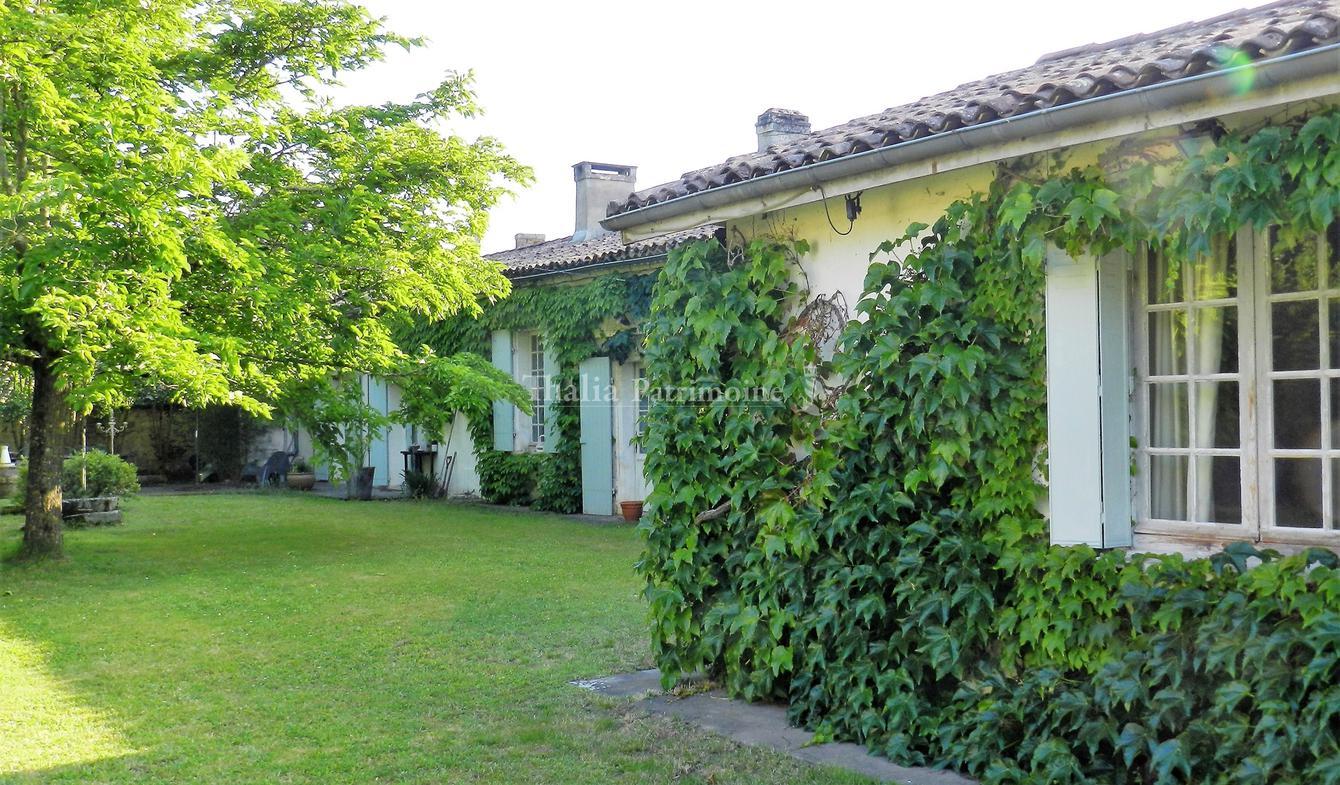 House with terrace Bordeaux