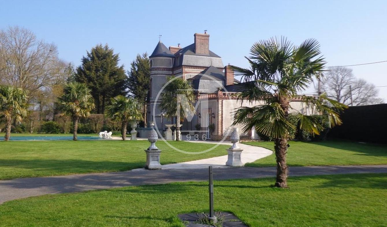 Château La Ferrière-sur-Risle