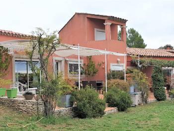 Villa 8 pièces 340 m2
