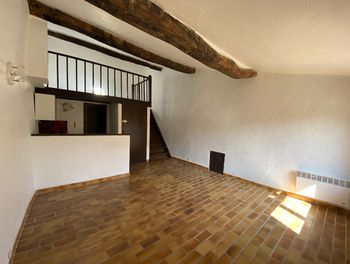 studio à Mouans-Sartoux (06)