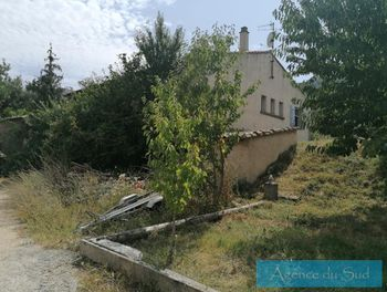villa à Saint-Savournin (13)