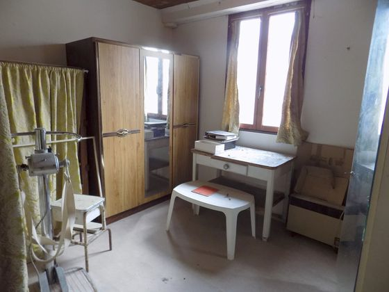 Vente propriété 6 pièces 280 m2