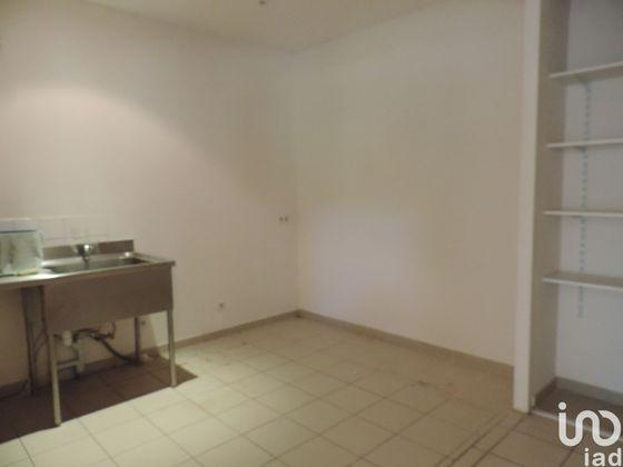 Vente divers 6 pièces 330 m2