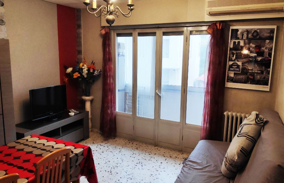 Location  appartement 3 pièces 60 m² à Saint-Laurent-du-Var (06700), 835 €