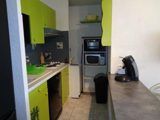 Location appartement meublé 2 pièces 26,02 m2