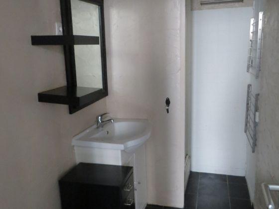 Location studio 28,6 m2