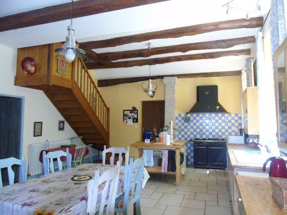 Vente maison 20 pièces 850 m2