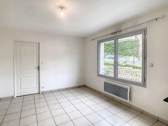 Location appartement meublé 2 pièces 35,43 m2