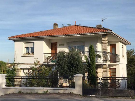 Vente maison 10 pièces 222 m2
