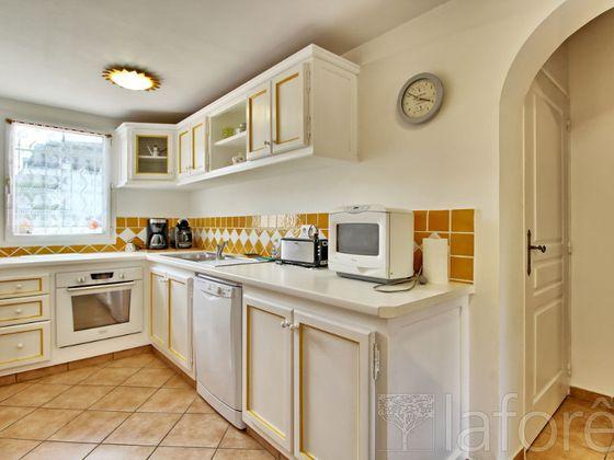 Vente villa 5 pièces 111 m2