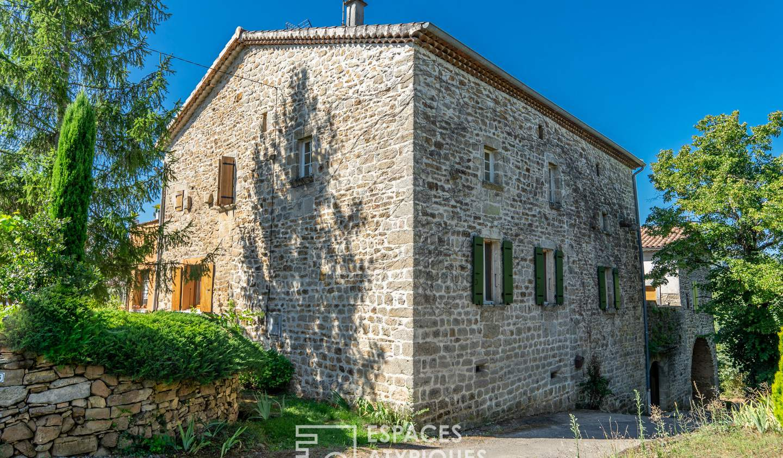 Maison avec piscine et terrasse Laurac-en-Vivarais