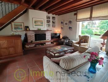 Maison 10 pièces 238 m2