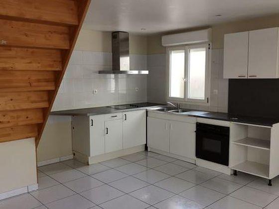 Location maison 3 pièces 65 m2