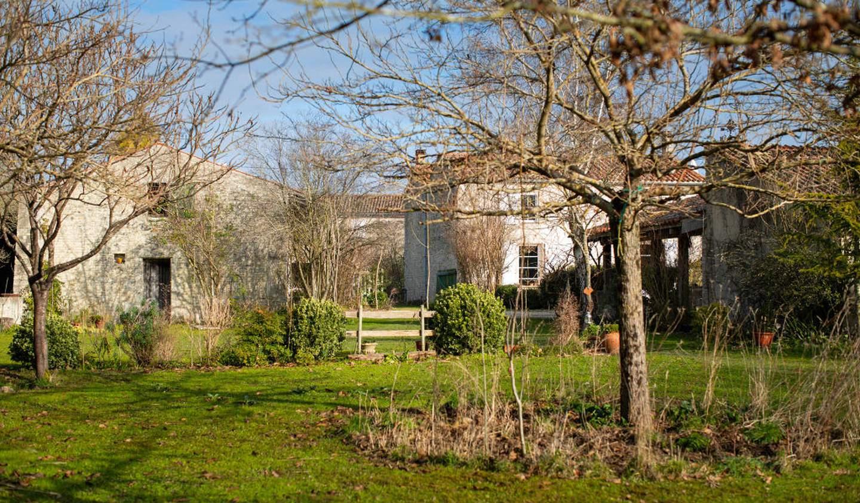 Maison avec terrasse Saint-Jean-de-Liversay