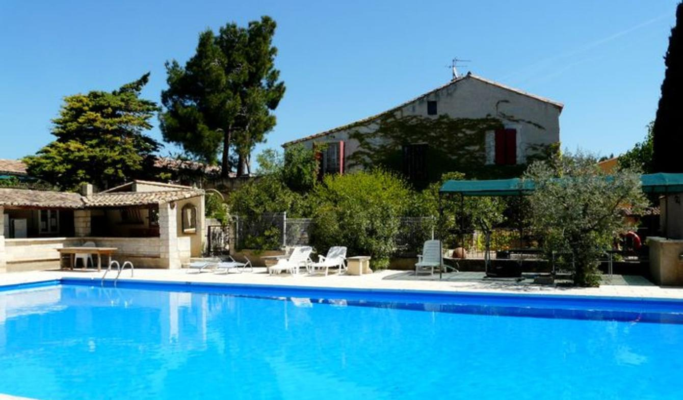 Maison avec piscine et jardin Mouriès