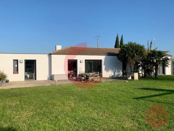 Vente maison 6 pièces 147,64 m2
